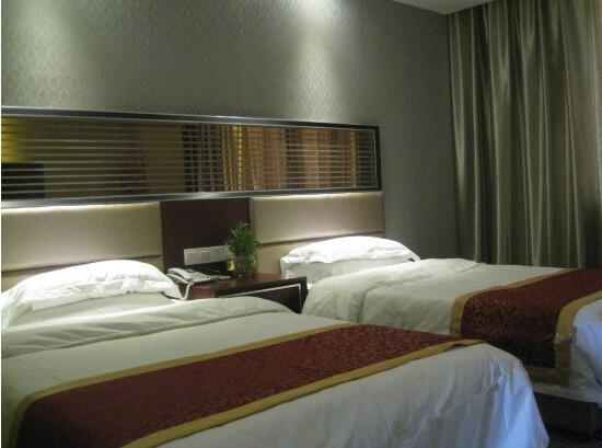 Korla Tianhong Hotel